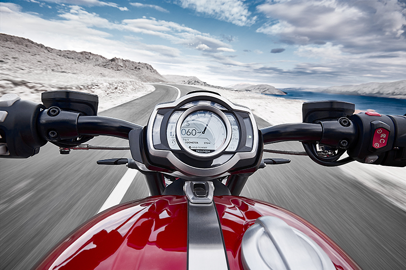 Triumph Rocket 3 R TFT display
