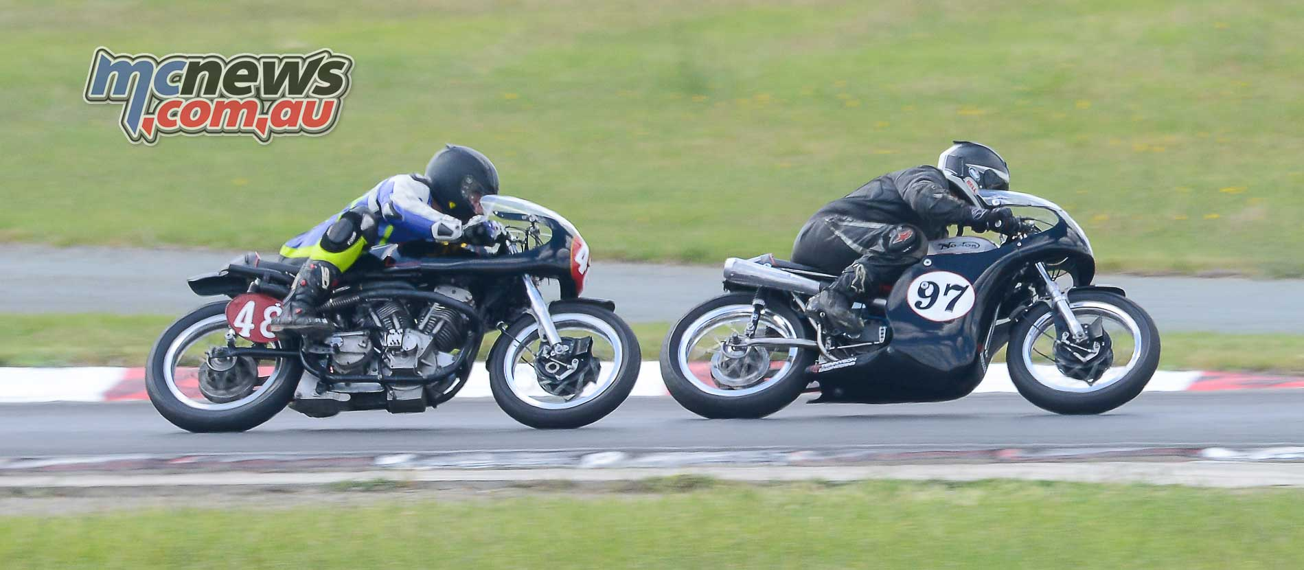 Period 3 Unlimited champ Garth Francis 1962 Norton Atlas 750 relinquished his crown with a big trip over the handlebars in the final to David Trotter on the thunderous 1956 JAP 1000