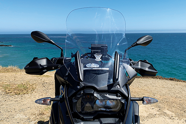 National Cycle VStream Touring Screen and ZTechnik Stabilizer installed on a 2019 BMW R 1250 GS.