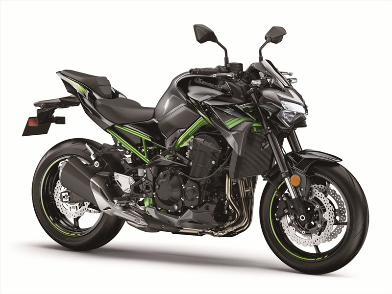 2020 Kawasaki Z900 in Metallic Spark Black/Metallic Flat Spark Black