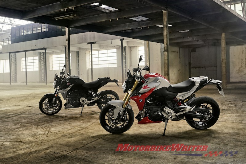 BMW F 900 R and RX