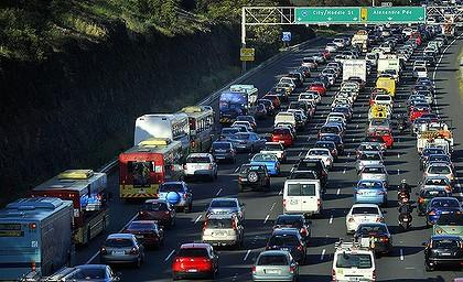 Melbourne roads lane filtering more often congestion promote