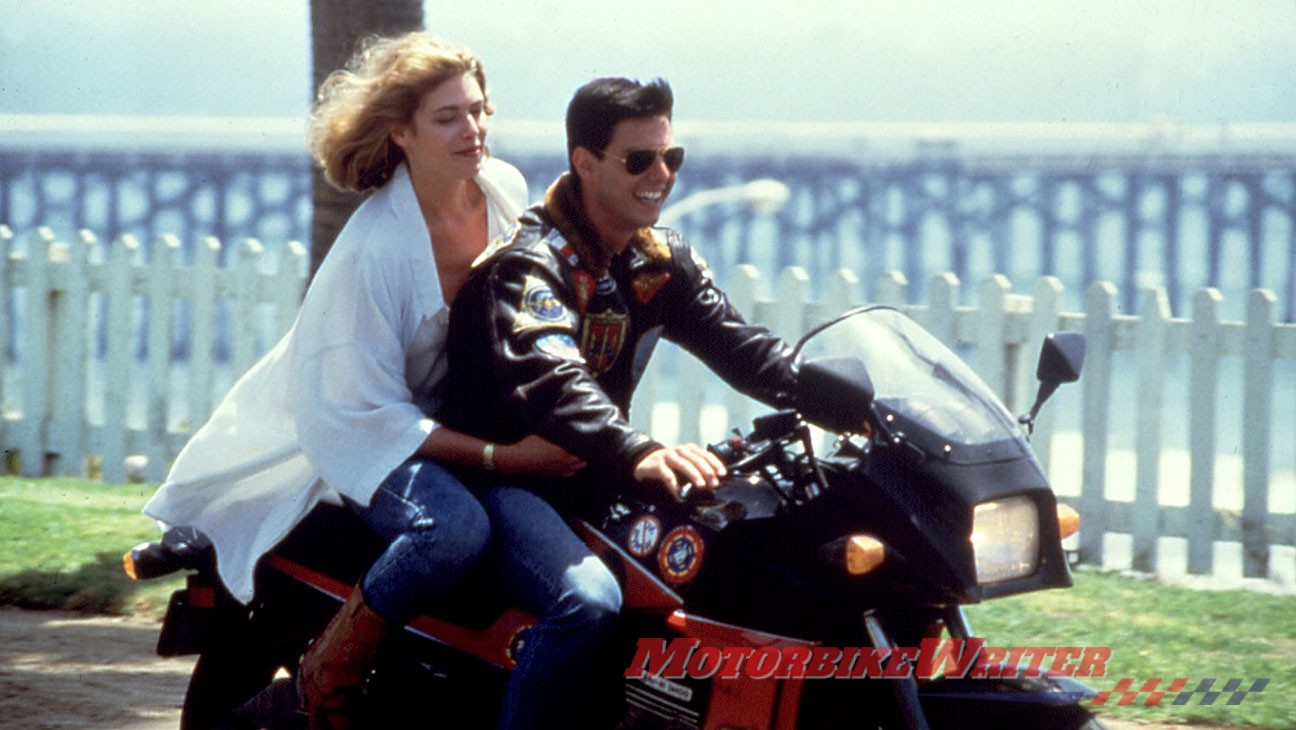 Tom and Kelly McGillis in Top Gun