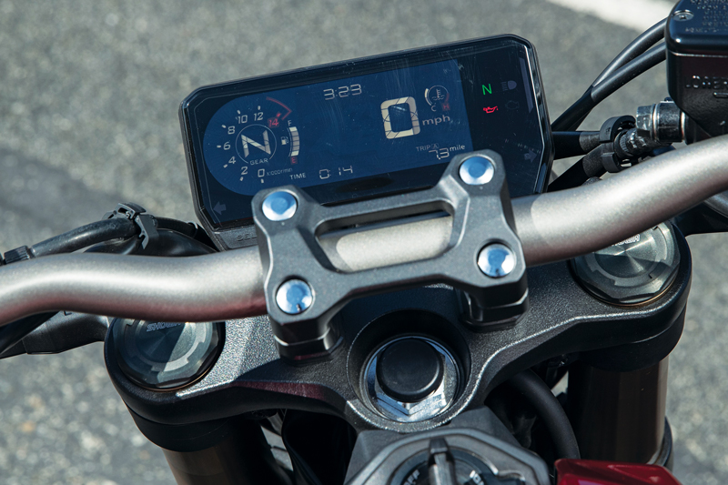 CB650R display