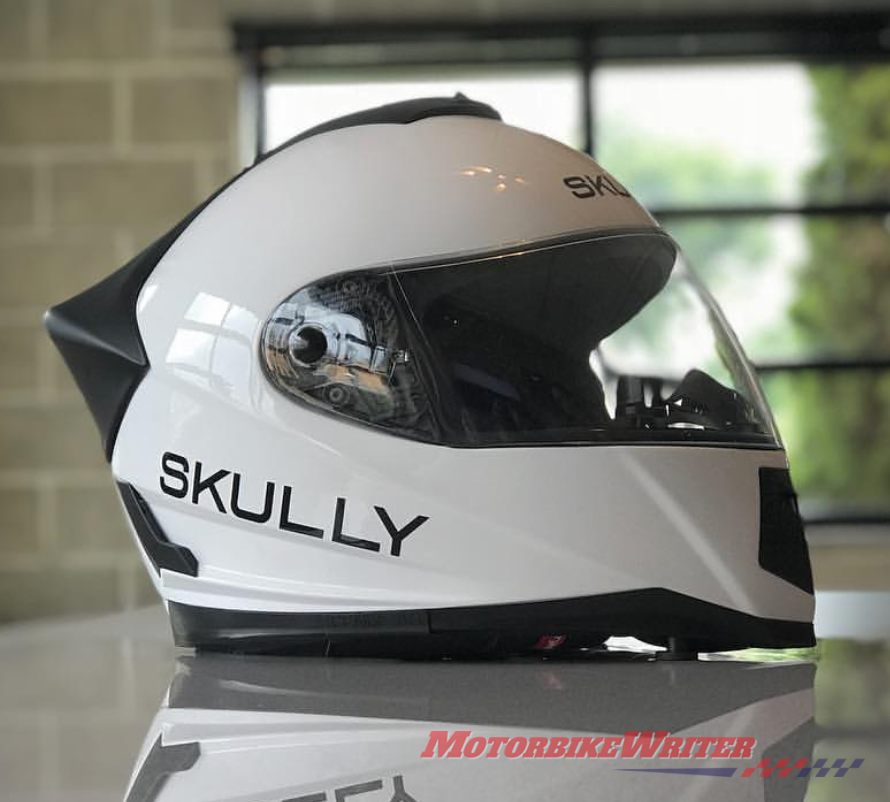 Skully Fenix AR head-up display helmet HUD revolution