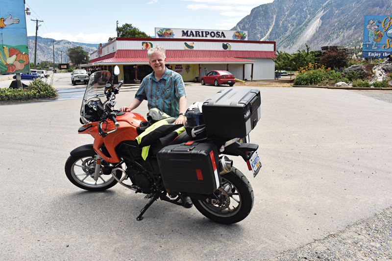 BMW F 650 GS at the Mariposa Fruit Stand in Keremeos, B.C.