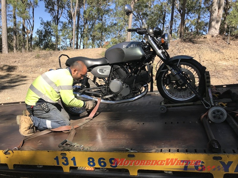 Transport puncture flat tyre GT10009 move