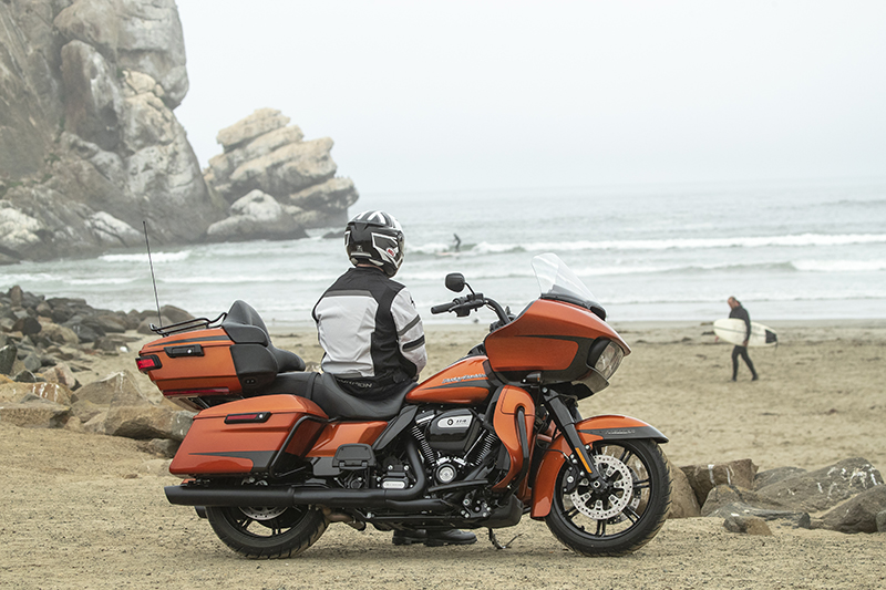 2020 Harley-Davidson Road Glide Limited Tour Test Review