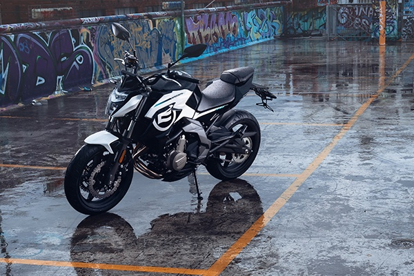 CFMOTO 650NK SP Edition