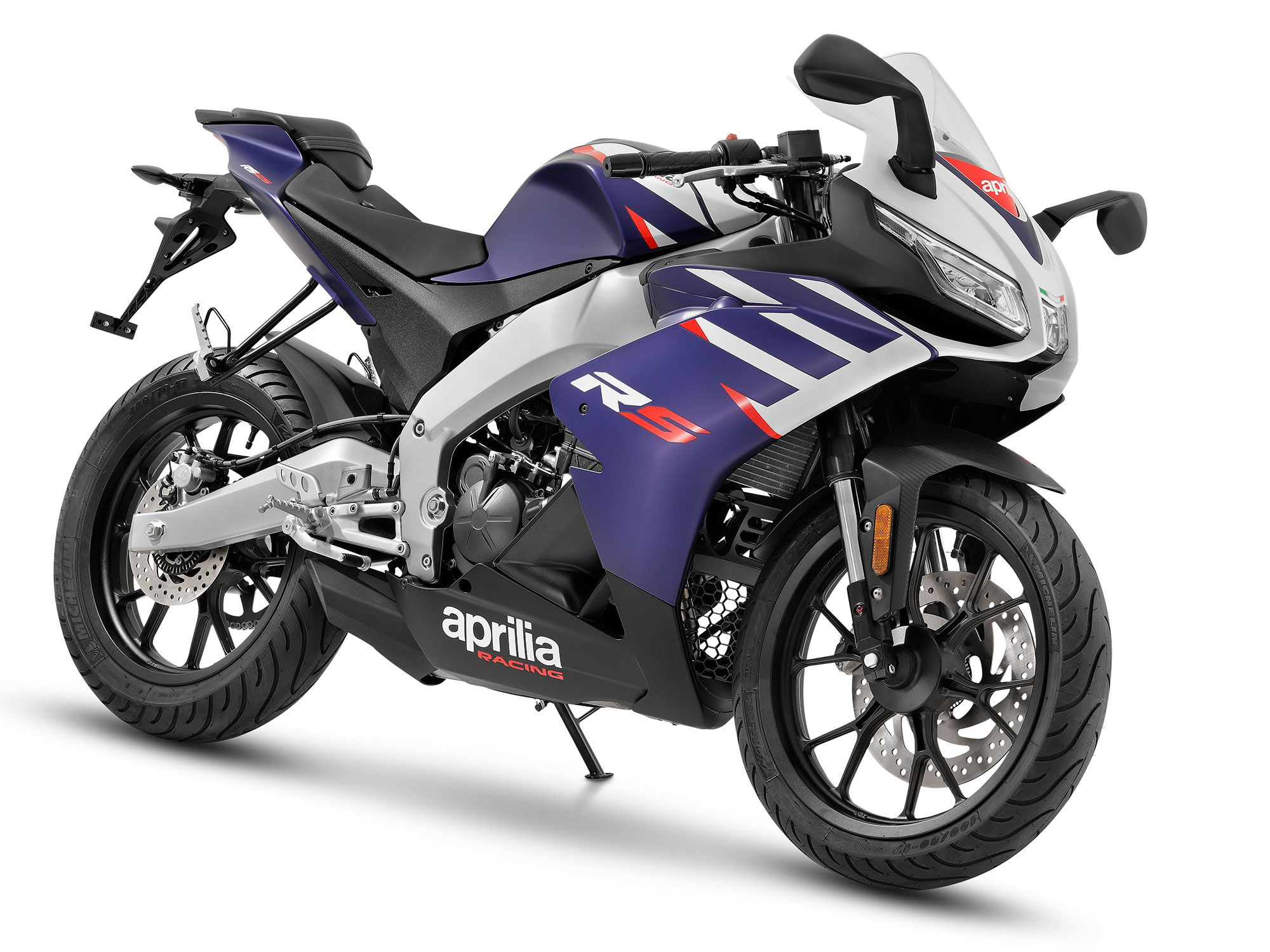 The RS 125 can be fit with an optional electronic quickshifter.