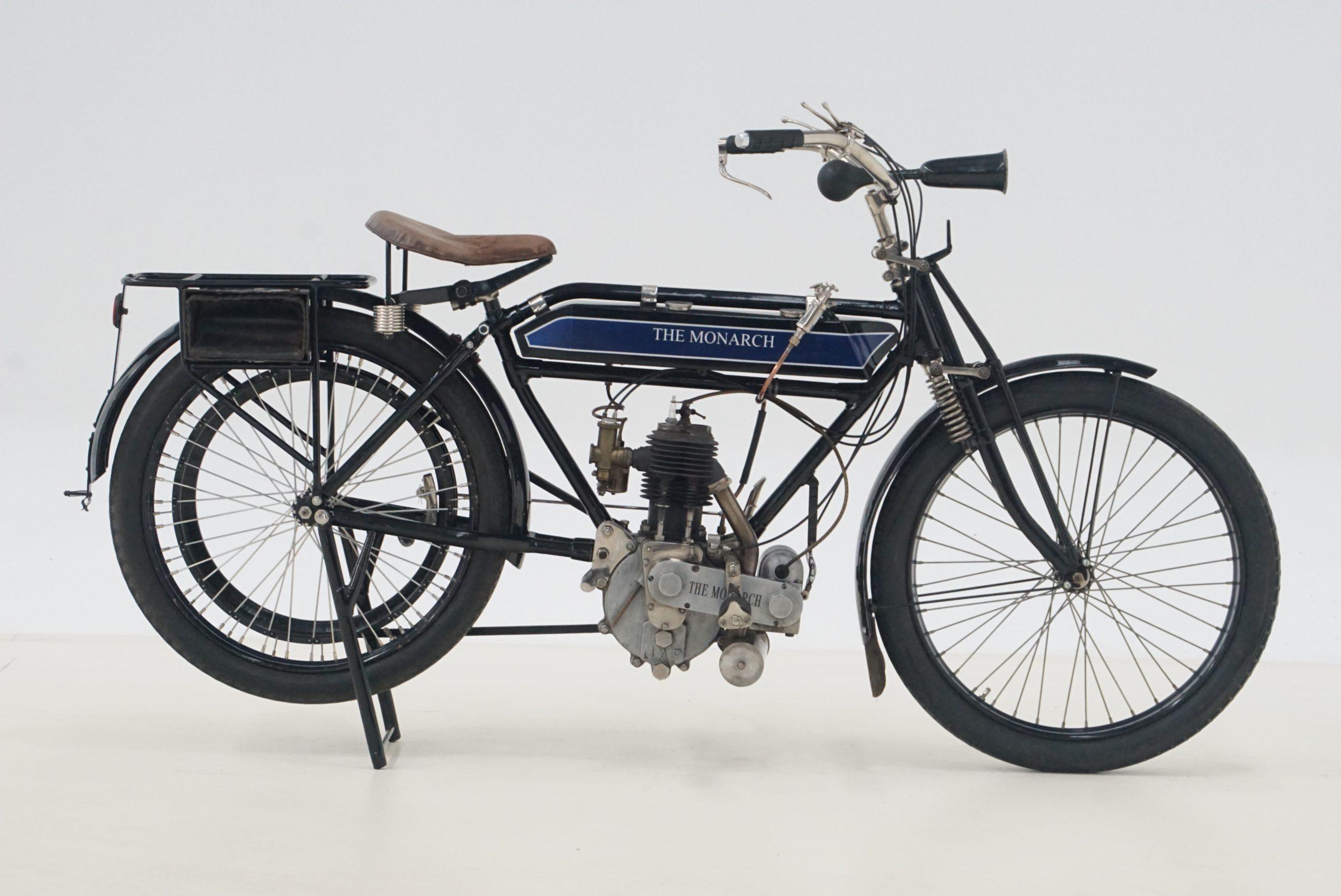 Australian-built single cylinder circa-1913 Monarch 'Jap' 500cc