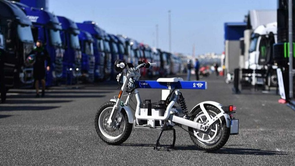 CAKE and FIM join forces to create OSA - a scooter that will contribute to racetrack sustainability