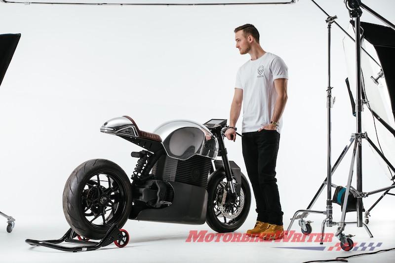2019 Savic electric motorcycle prototype orders setbacks