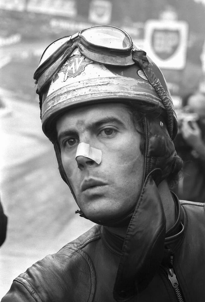 Giacomo Agostini, profile picture, 1970.