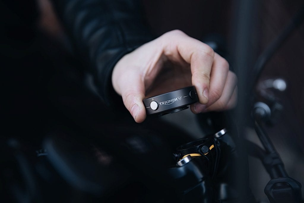 photo displaying the ease with which the new triumph beeline can be installed on a motorcycle of choice