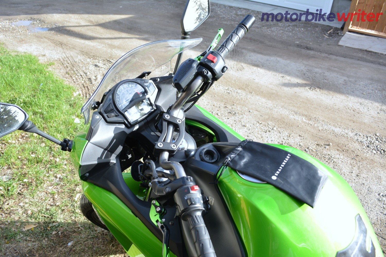 Shapeheart Classic Handlebar Phone Mounting System On A Kawasaki Ninja 650