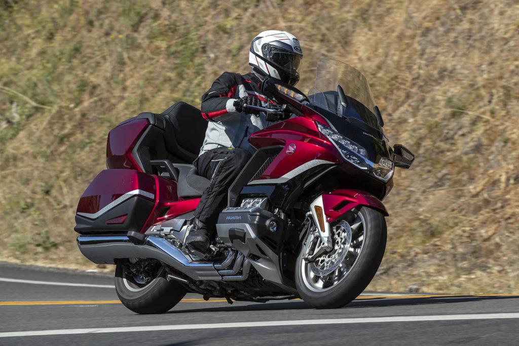 HJC RPHA 90S Modular Helmet Review 2021 Honda Gold Wing Tour DCT