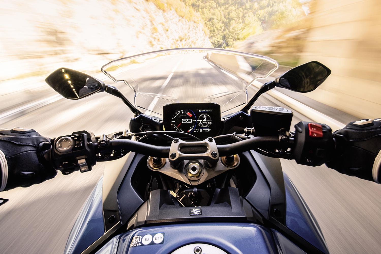 2022 Suzuki GSX-S1000GT | First Look Review