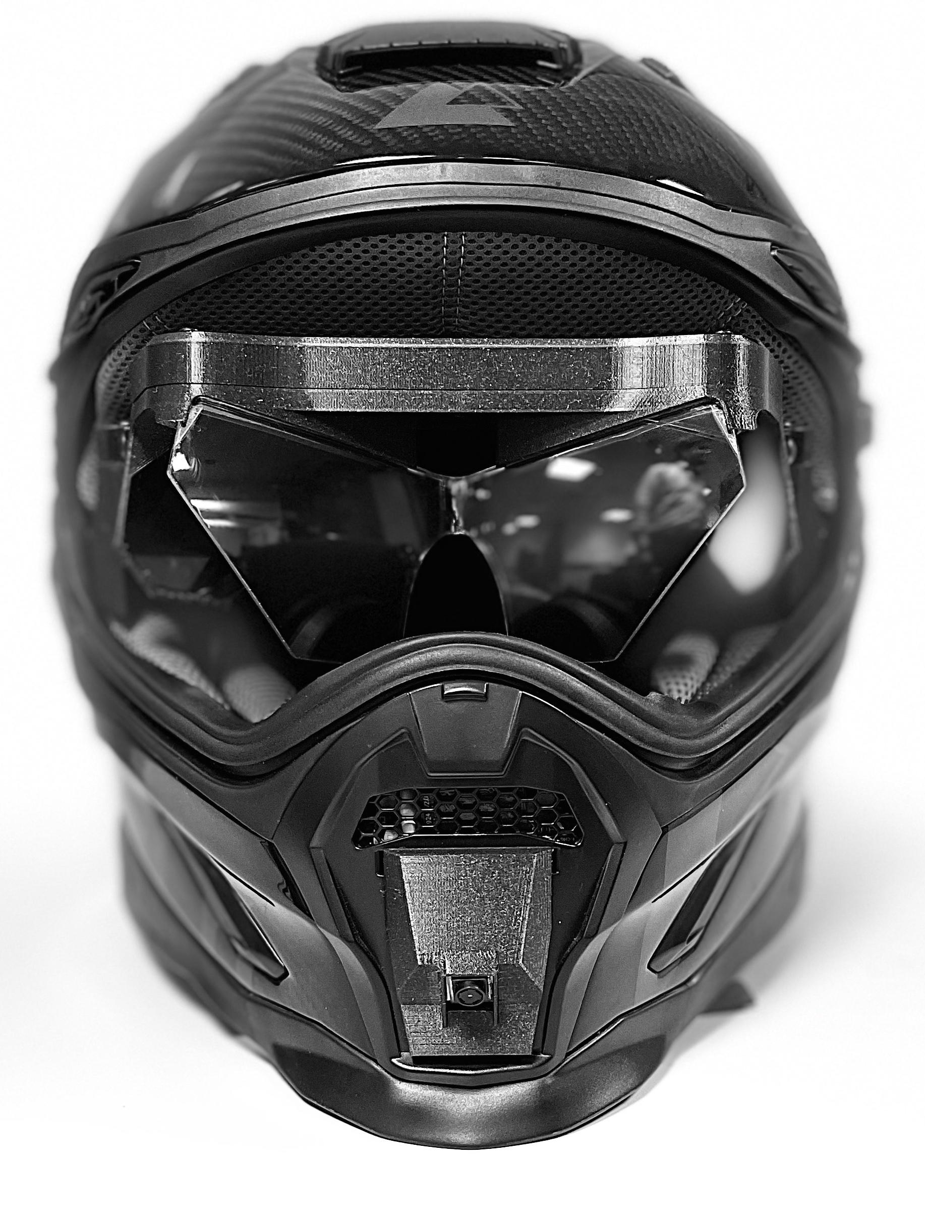 Curve warning helmet with AR