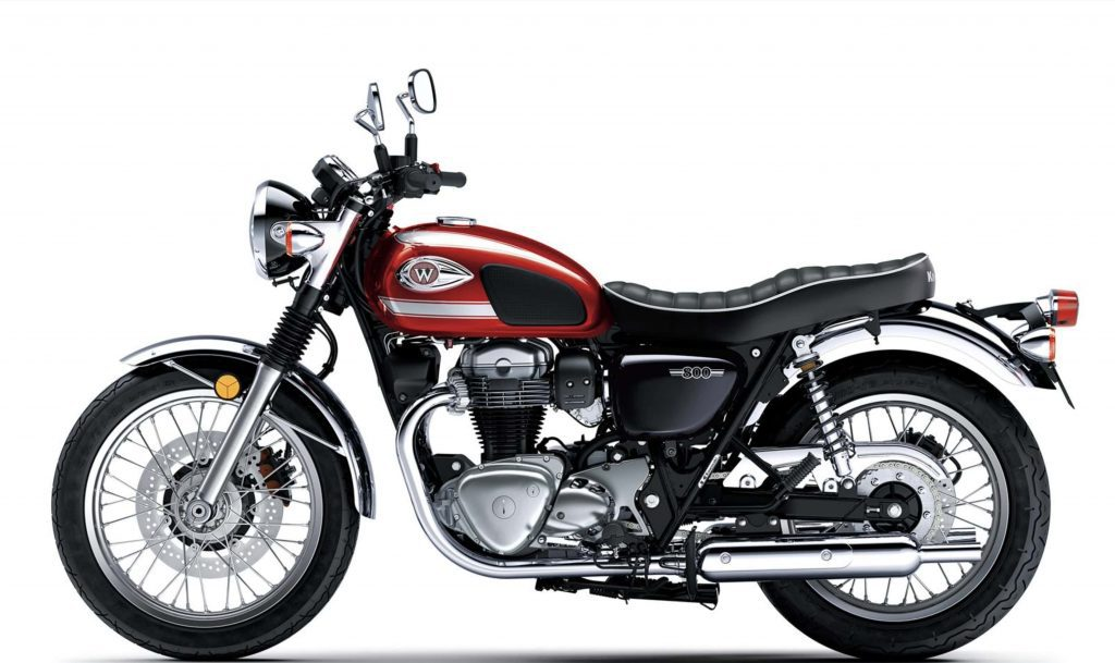 A side view of the 2022 Kawasaki W800